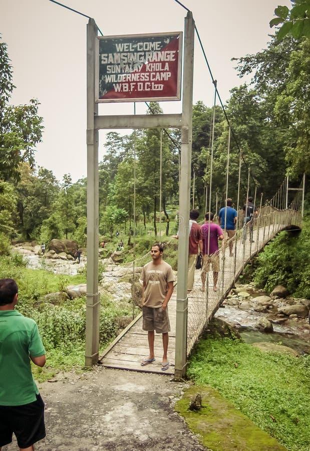 Suntalekhola Samsing most, Zachodni Bengalia, India, 1 2019 Maj: Lokalizować blisko Neora Dolinnego parka narodowego popularnego  zdjęcia stock