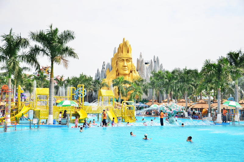 Suoi Tien Amusement Park imagem de stock royalty free