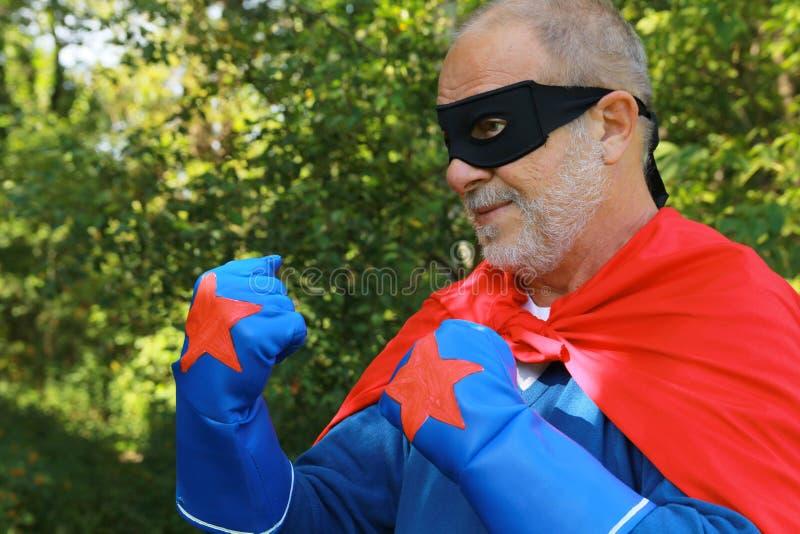 Super bohater przygotowywający walczyć fotografia stock
