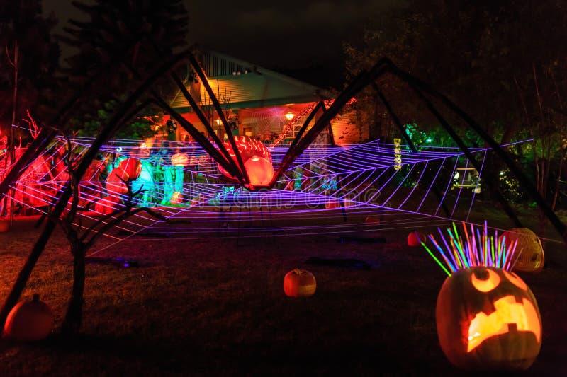 Super Halloweenowa dekoracja przy Alegria aleją, sierra Madre zdjęcia stock