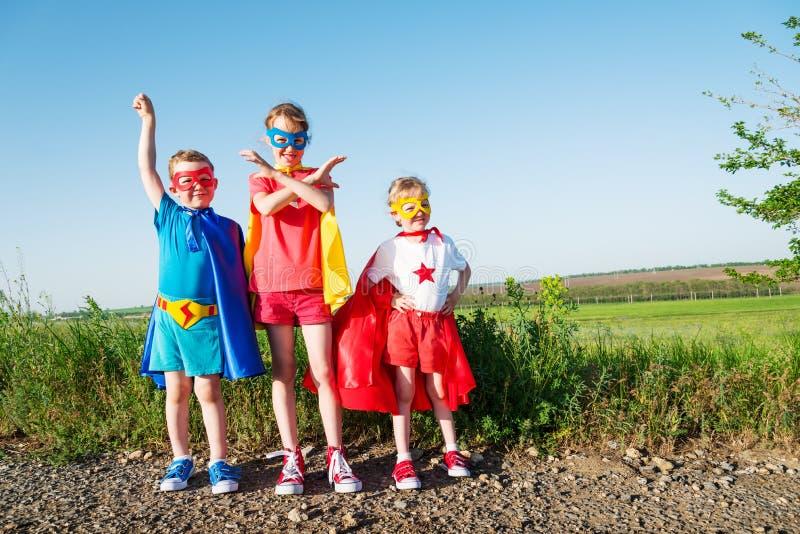 Super-herói das crianças fotografia de stock royalty free