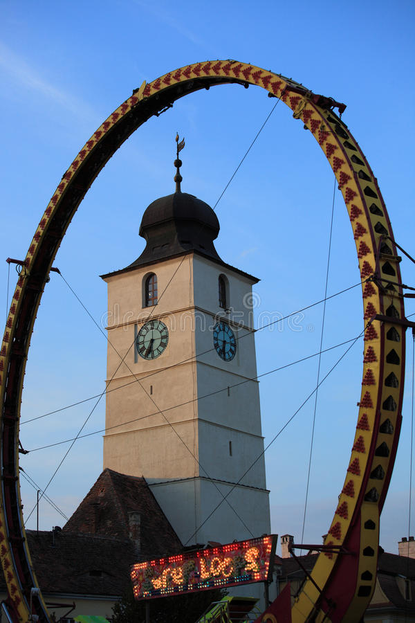 Download Super Loops Wheel In Front Of Council Tower Editorial Stock Image - Image: 26914859