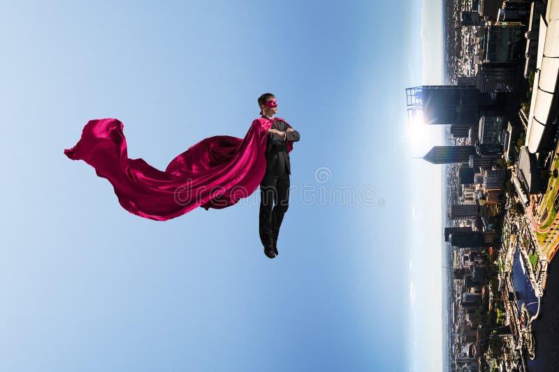 Super mężczyzna w niebie zdjęcia stock