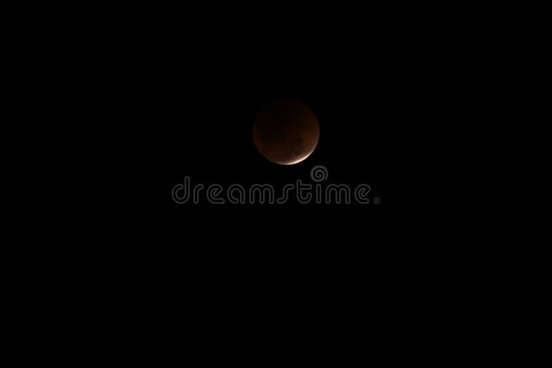 Super Mond und Mondfinsternis des blauen Bluts stockfoto