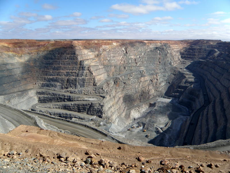 Download Super Pit editorial photo. Image of haul, mining, gold - 28732031