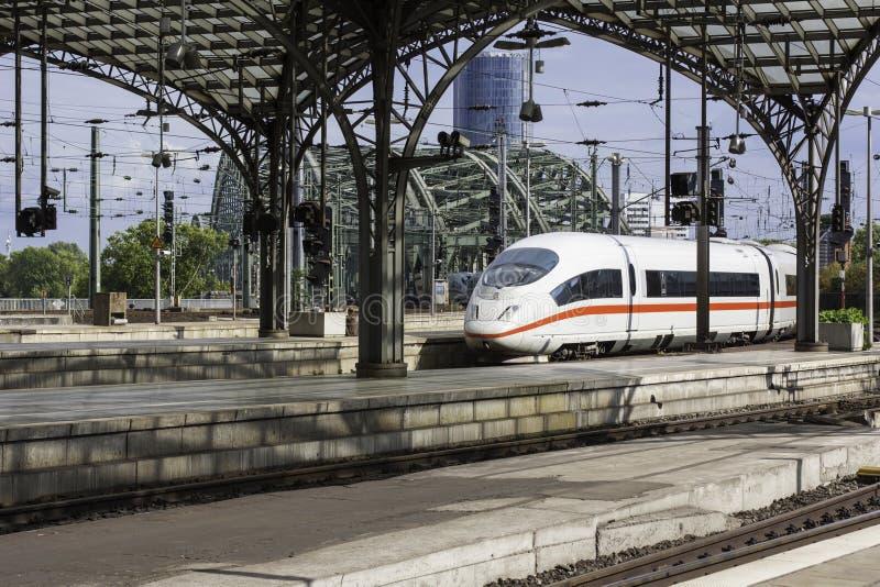 Super snelle trein royalty-vrije stock fotografie