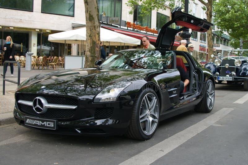 supercar amgbenzmercedes sls royaltyfri bild
