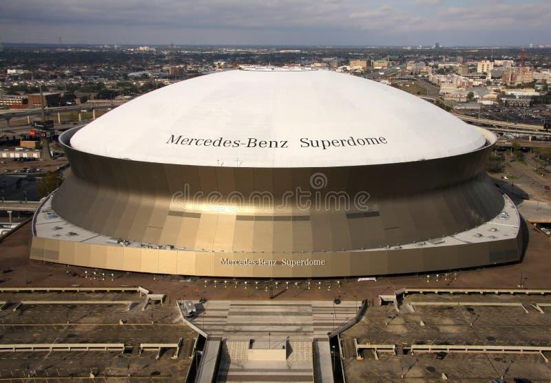 Superdome в Новом Орлеане стоковое изображение rf