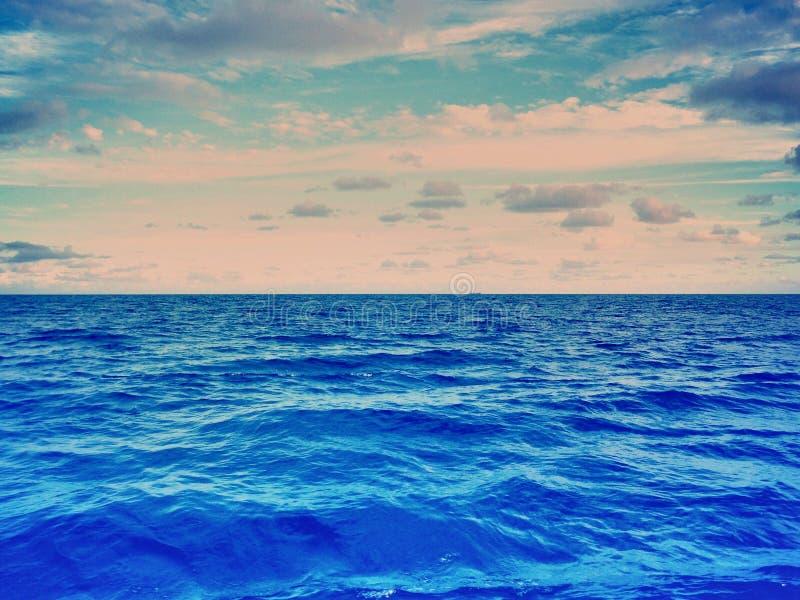 Superfície do oceano fotos de stock