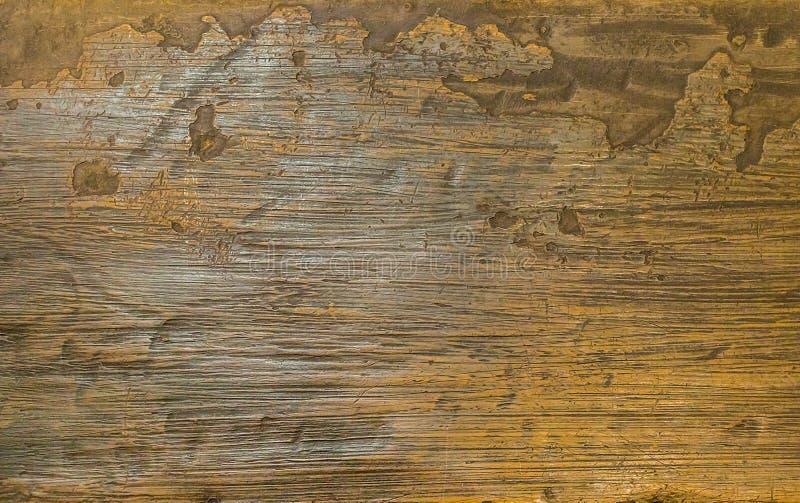 Superfície velha da madeira do fundo da textura com laca desigual da borda da pátina imagem de stock