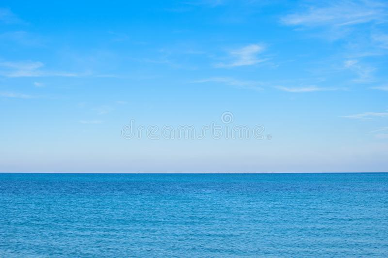 Superf?cie azul do mar imagem de stock royalty free