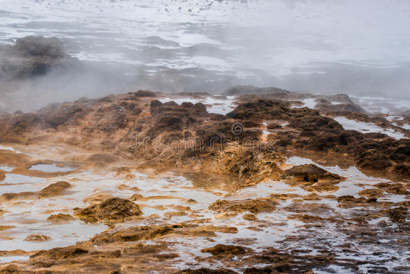 Superficie geotermica in natura islandese immagini stock libere da diritti