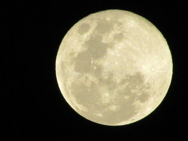 Superficie lisa de la luna de la luz oscura de la astronomía fotografía de archivo libre de regalías