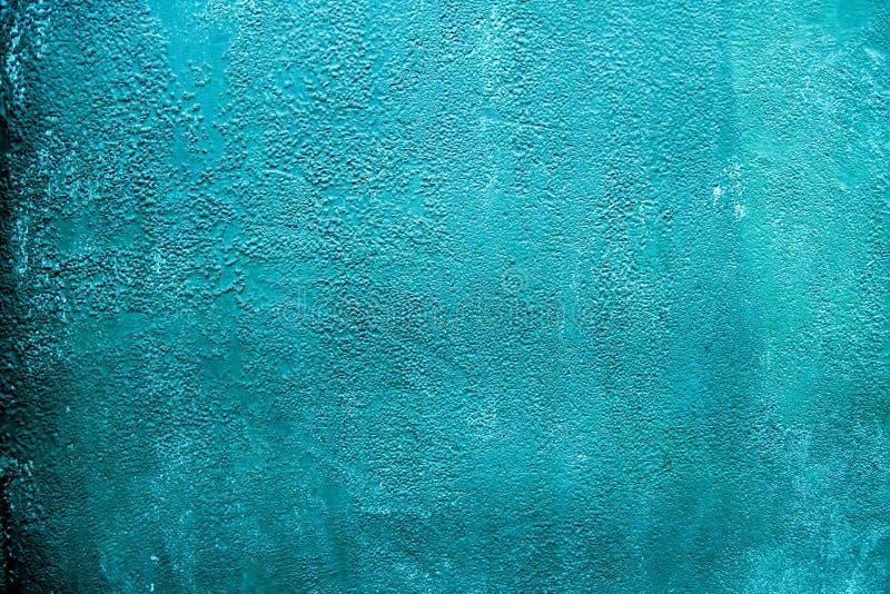 Superficie pintada ciánica azul rústica del acero del metal El Grunge texturizó el fondo gastado del hierro Primer del modelo par fotos de archivo