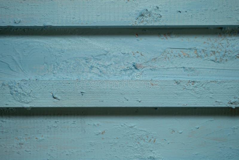 Superficie rayada de madera del color, de la textura o del fondo azul imagen de archivo