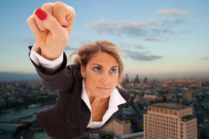 Download Supergeschäftsfrau stockbild. Bild von tätigkeit, außen - 13906573