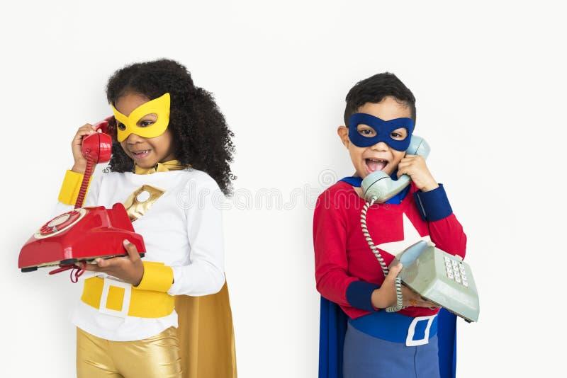 Superherojonge geitjes met Telefoonconcept royalty-vrije stock afbeelding