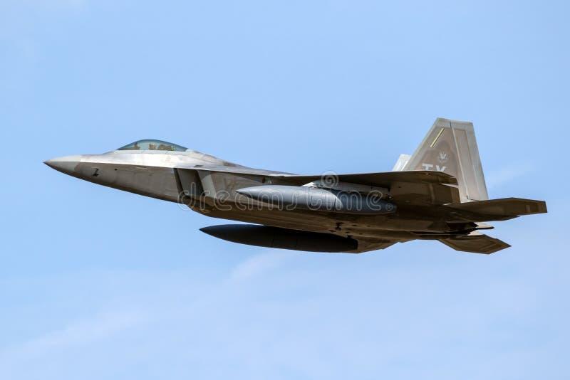 Superioridade de ar do discrição da ave de rapina de Lockheed Martin F-22 da força aérea de E.U. fotos de stock