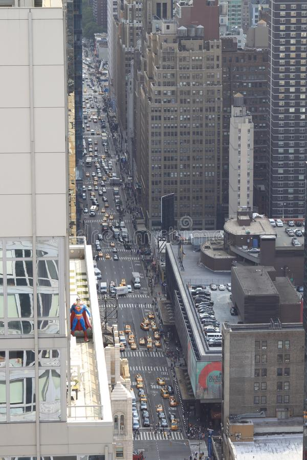 Superman alto da elevação fotografia de stock royalty free