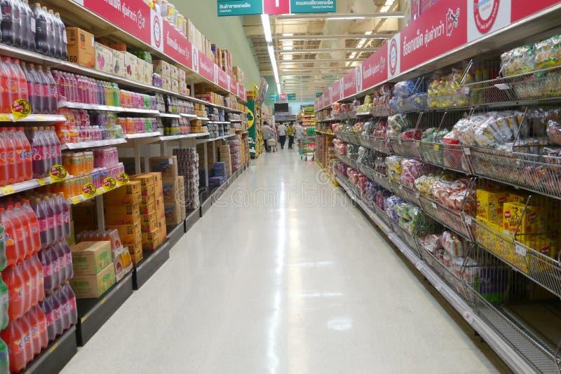 Supermarché de Tesco Lotus à Bangkok image stock