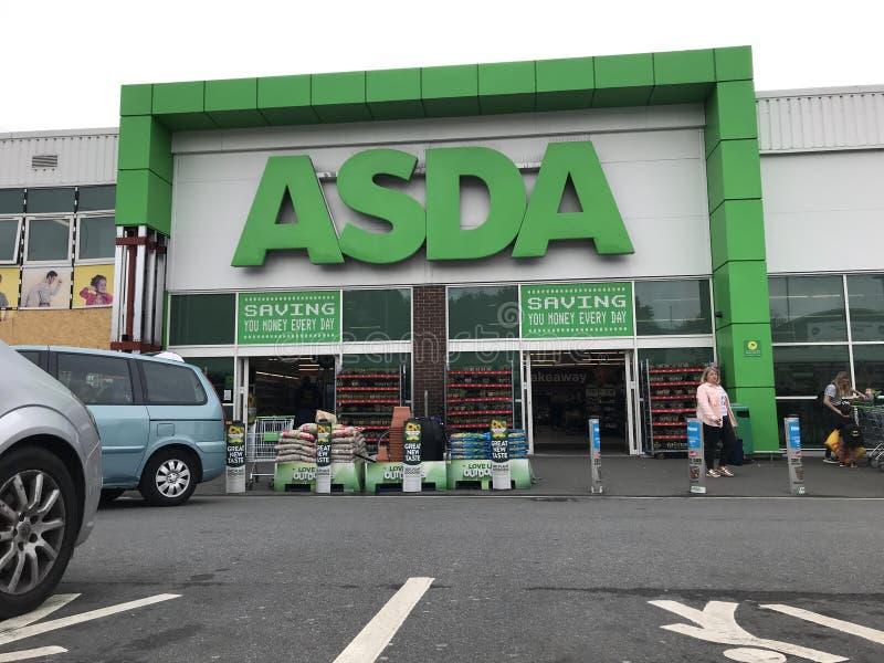 Supermarch? d'Asda images libres de droits