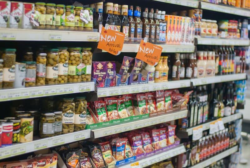 Supermarketgång royaltyfri fotografi