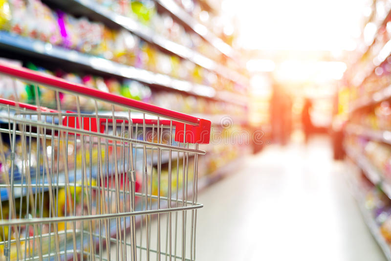 Supermarketvagn arkivfoto