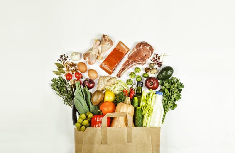 Supermarkt, Document zak, gezond voedsel, wijn, voedsel, rundvlees royalty-vrije stock foto's