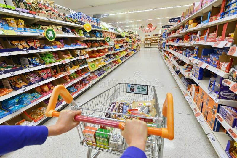Supermarktmening stock foto's