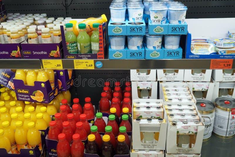 Supermercado Aldi do desconto em Offenburg, Alemanha imagens de stock royalty free