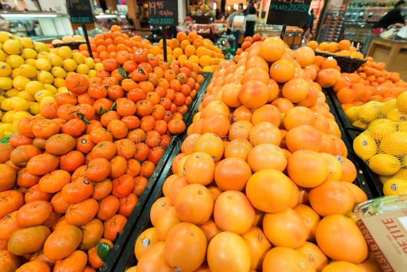 Supermercado Waitrose de Dubai el 8 de agosto yo imágenes de archivo libres de regalías
