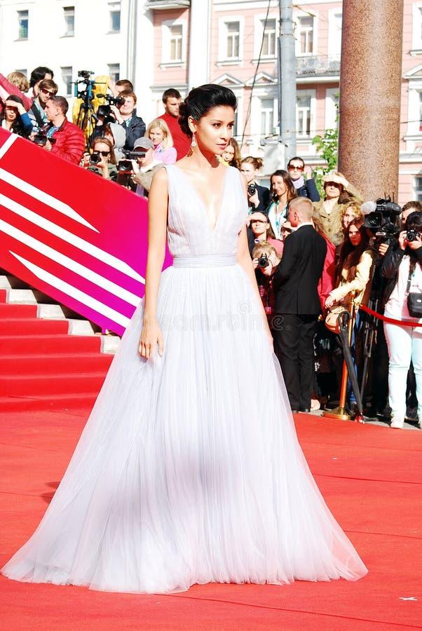 Supermodelo Ravshana Kurkova XXXVI no festival de cinema do International de Moscou imagens de stock
