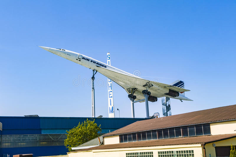 Supersonische vliegtuigen Concorde in het museum stock afbeelding