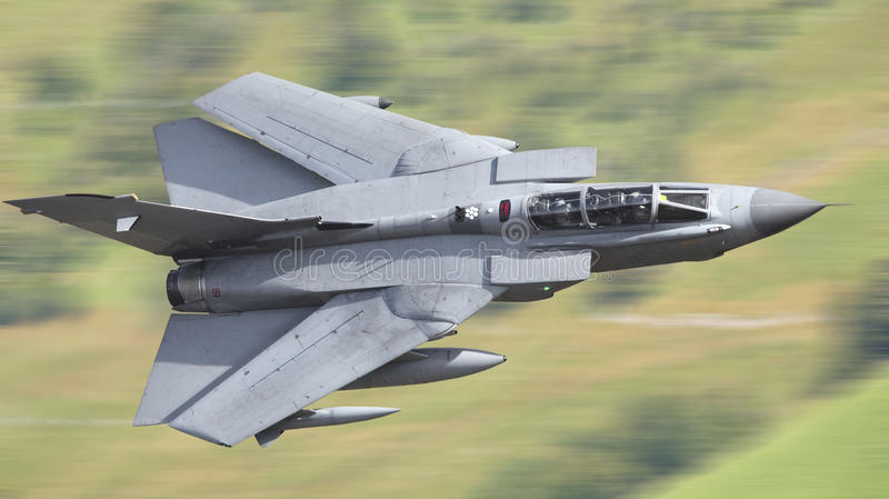 Supersonisk jaktflygplan royaltyfri foto