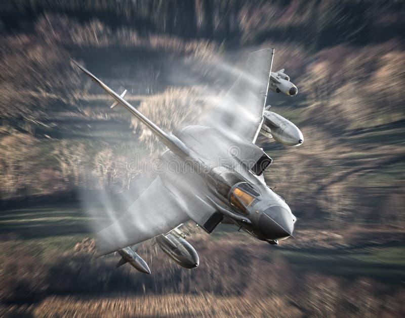 Supersoniskt strålflygplan arkivfoton