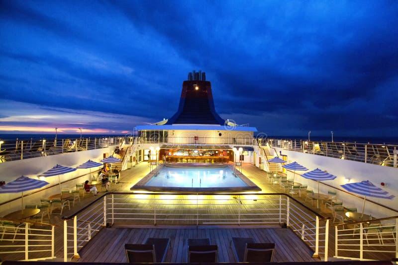 Superstar Gemini Cruise Ship lizenzfreie stockbilder