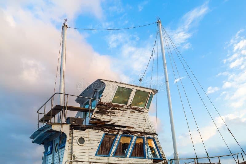 Superstructure du vieux bateau photo stock