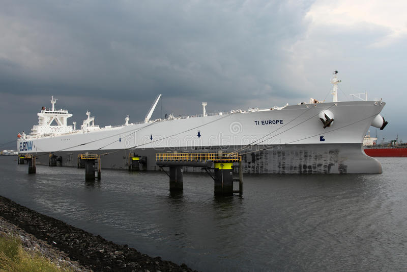 Supertanker TI EUROPA des Belgiers Euronav in Rotterdam stockfoto