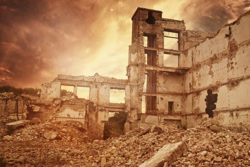 Superviviente nuclear de la apocalipsis de los posts imágenes de archivo libres de regalías