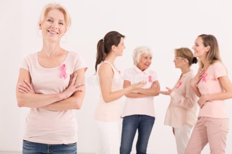 Supervivientes multigenerational felices del cáncer de pecho fotos de archivo libres de regalías