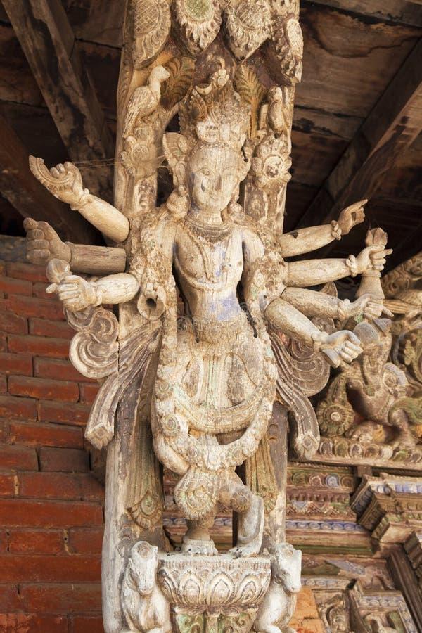 Suporte artístico do telhado, templo de Changu Narayan, Nepal imagem de stock