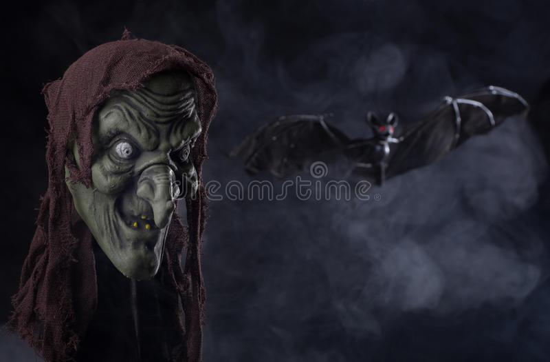 Suporte da bruxa de Dia das Bruxas imagens de stock royalty free