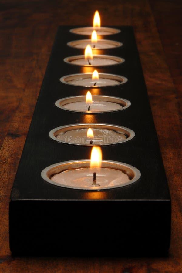 Suporte de vela de madeira imagens de stock royalty free