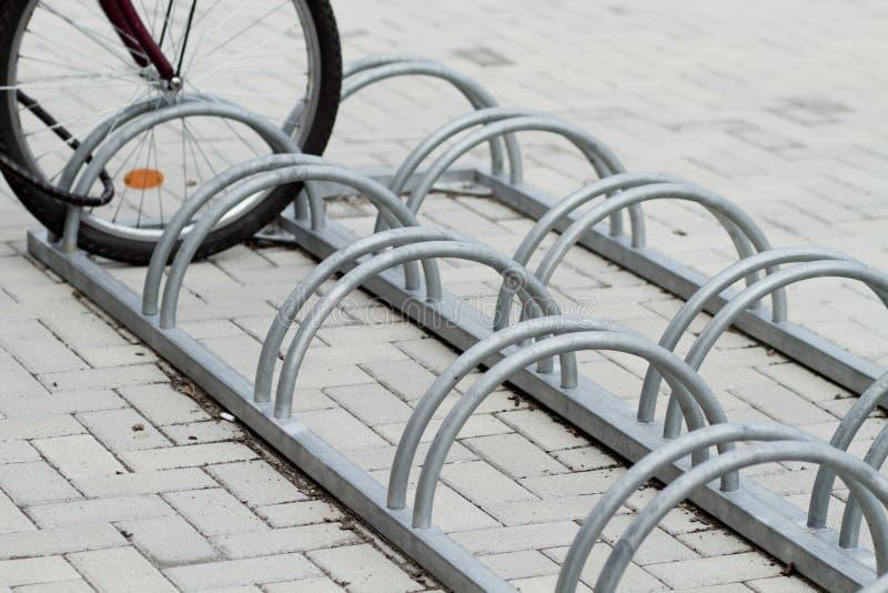 Suporte para bicicletas fotografia de stock royalty free