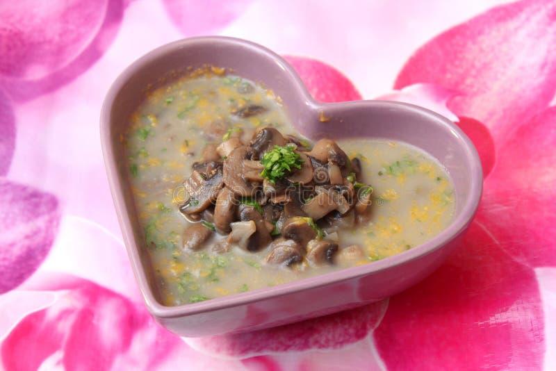 Download Suppe der Zucchini stockbild. Bild von nahrung, rezept - 90230253