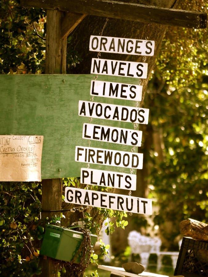 Support de fruit dans Ojai photographie stock libre de droits