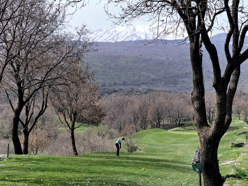 Support l'Etna et golfeur photos stock