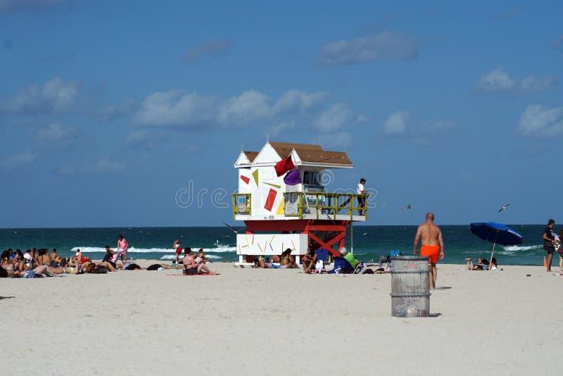Supporto del bagnino sulla spiaggia del sud a Miami fotografie stock libere da diritti