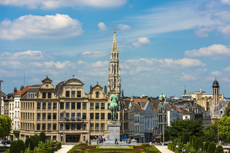 Download Supporto Delle Arti A Bruxelles, Belgio Fotografia Editoriale - Immagine di interesse, città: 55356442