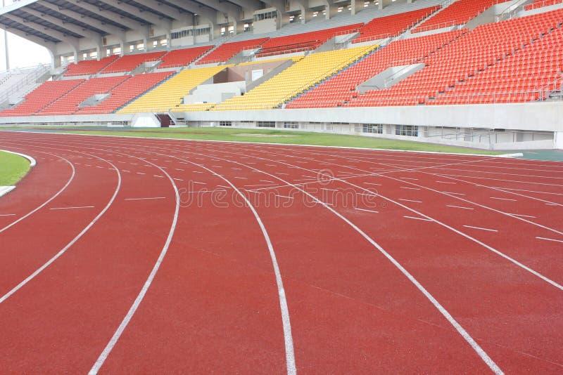 Supporto dello stadio e pista corrente immagine stock libera da diritti
